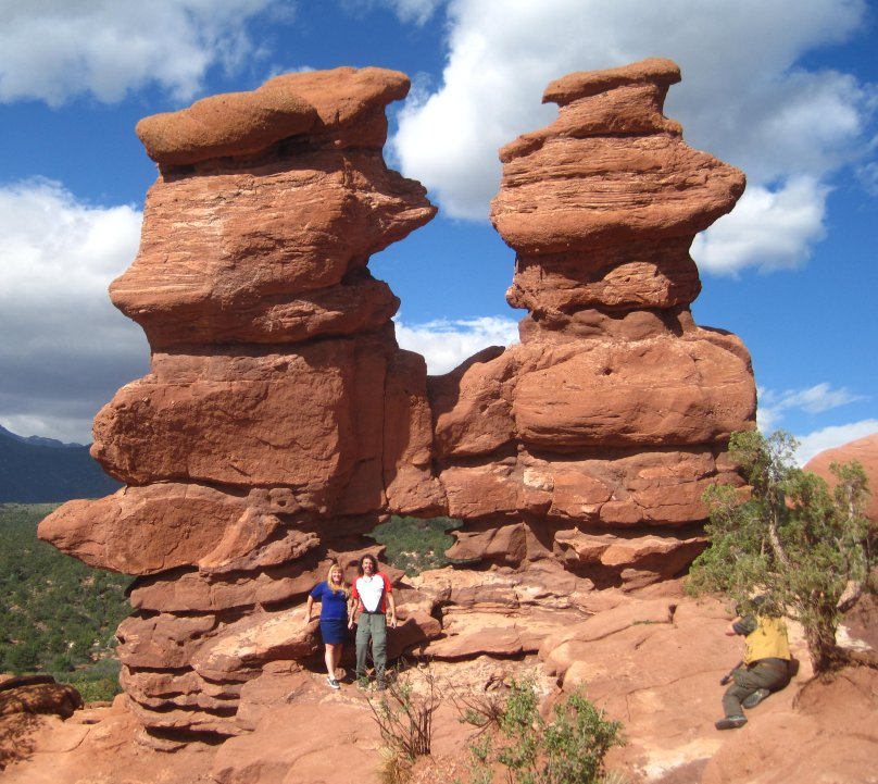 Photos of siamese twins in garden of the gods colorado springs colorado for Garden of the gods colorado springs